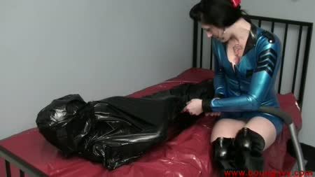 dripping wet pussy lounge